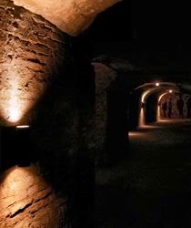 In diesen historischen Felsenkellern reifte früher das traditionelle Nürnberger Rotbier