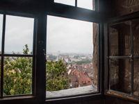 ausblick-fenster-kaiserburg-nuernberg