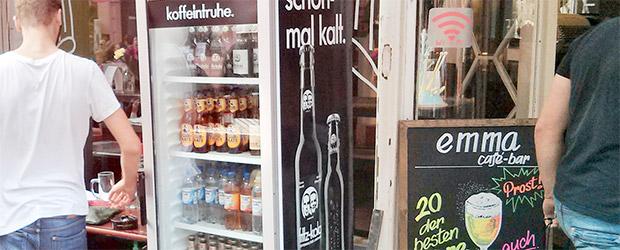Einige Flaschen Club Mate im Kühlschrank des Coworkung Space in Nürnberg