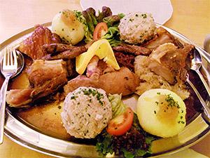 Gemischter Teller fränkischer Spezialitäten