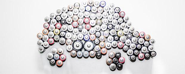 Elektroauto komplett aus Batterien