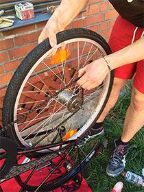 Fahrrad Hinterrad entfernen
