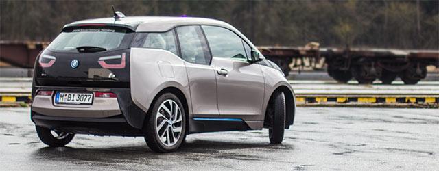Elektroauto BMW i3 Außenansicht schräg hinten