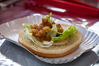 burger-petes-rolling-bbq-food-truck-05