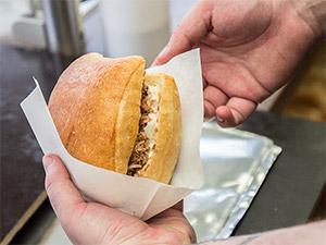Pulled Pork Sandwich von Red Flag BBQ