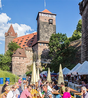 Nürnberger Burg vom Burggraben aus