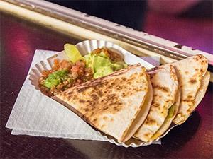 Quesadillas mit Salsa