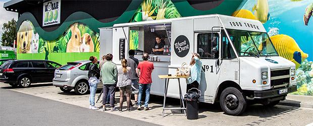 food truck wurstdurst im deutschland test magazin. Black Bedroom Furniture Sets. Home Design Ideas
