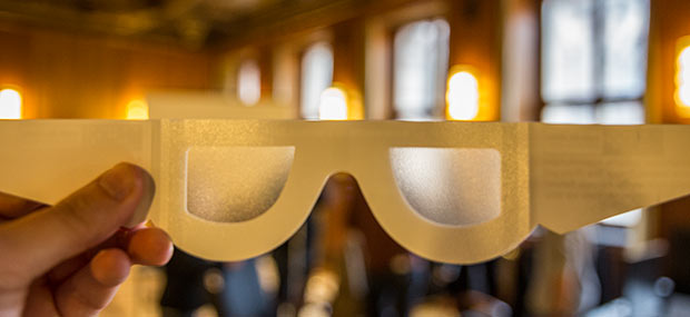 Brille Simulation Sehbehinderung