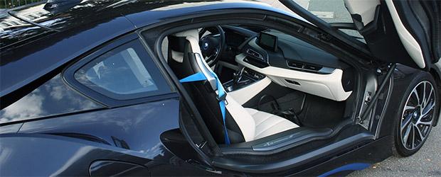 BMW I8 von der Beifahrerseite aus