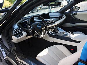 BMW i8 Fahrerseite