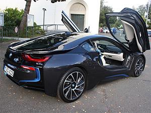 BMW i8 Flügeltüren