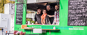 Food Truck Fans auf dem 4. Food Truck RoundUp