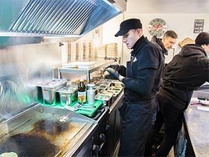 Arbeiten im Foodtruck