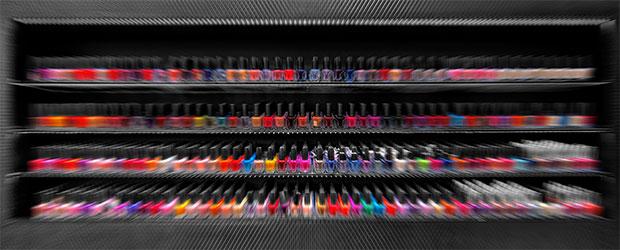 Fingernägel in farblichem Glanz erstrahlen