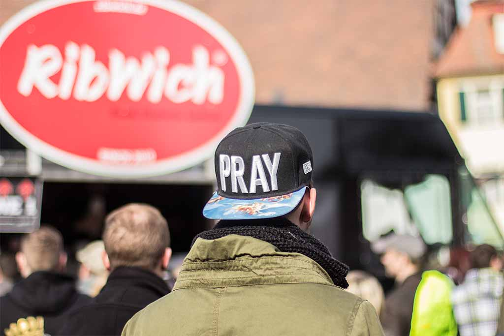 Erstes Foodtruck RoundUp ON TOUR Schwabach Ribwich