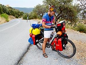 Felix Starck mit Fahrrad