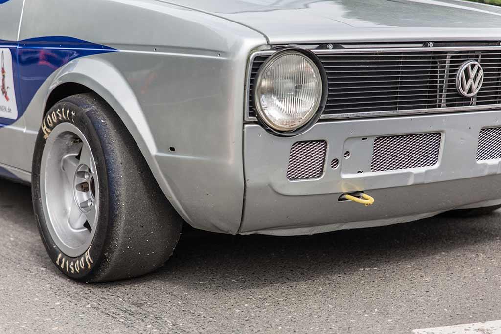 Detail Front- und Seite Volkswagen silber