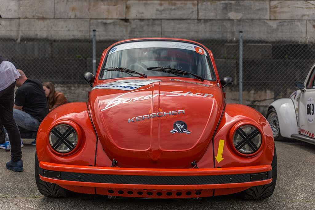 Frontansicht roter Käfer Volkswagen