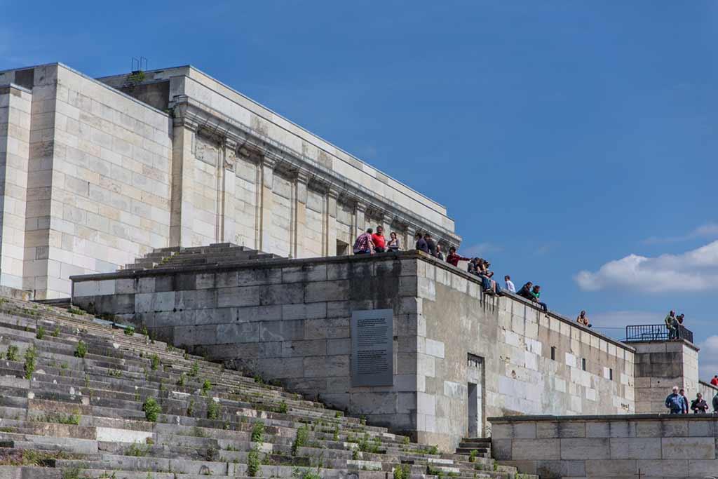 Zuschauer Steintribüne Nürnberg