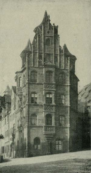 Das Toplerhaus, Vorbild für das Vorkriegsanwesen Kaiserstraße 38, aufgenommen vor 1904