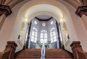 Das prächtige Treppenhaus des Gewerbemuseums, 2013.