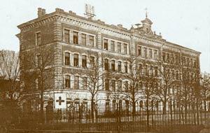 Die Sielschule während ihrer Nutzung als Lazarett im Ersten Weltkrieg, aufgenommen 1916.