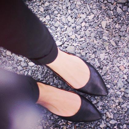 Frauenbeine Schuhe